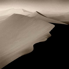 photo: namib desert by mark b photodesign, from bukas-palad.blogspot.com